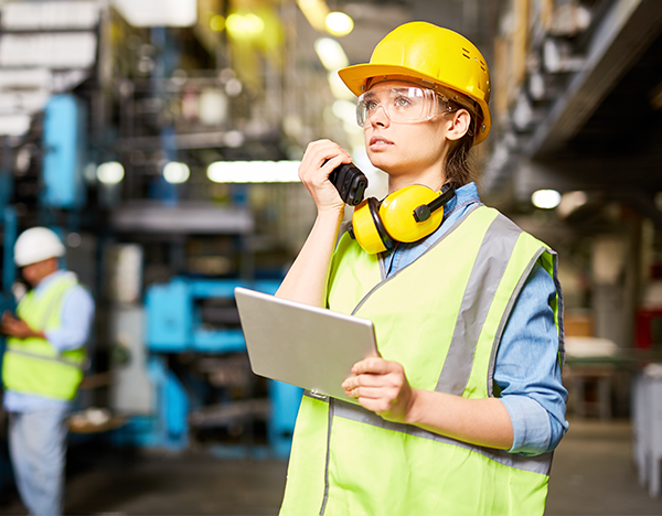 How advanced two-way radio communications can improve your business operations